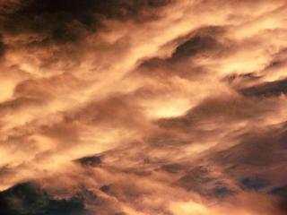 heftiger Himmel